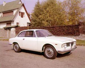 ItalianCar White Alfa Giulia GT